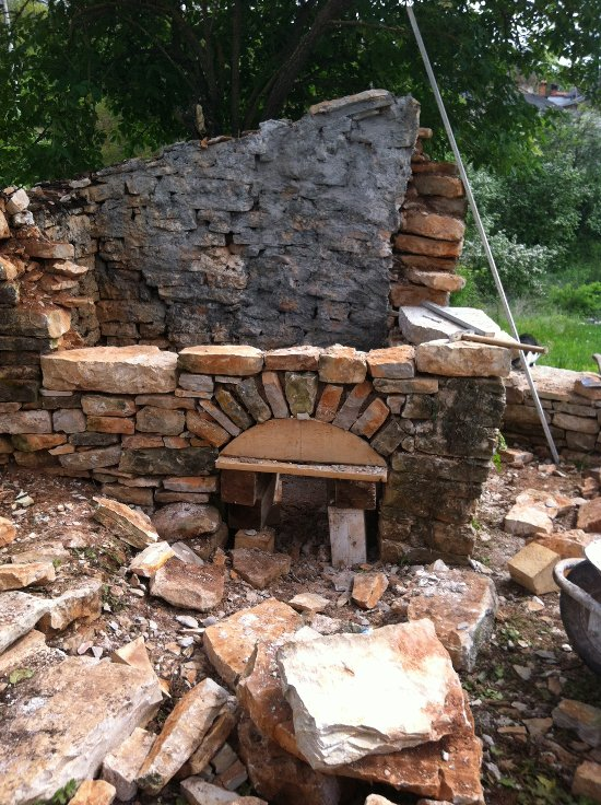 BBQ slash wood fired oven – stage 2