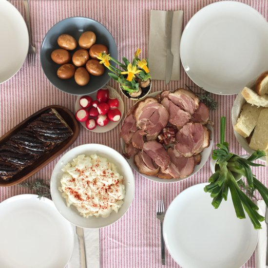 easter-pruga-2015-table