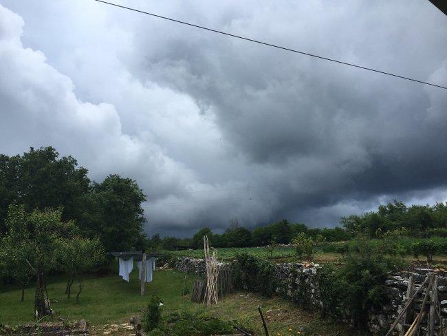storm-laundry