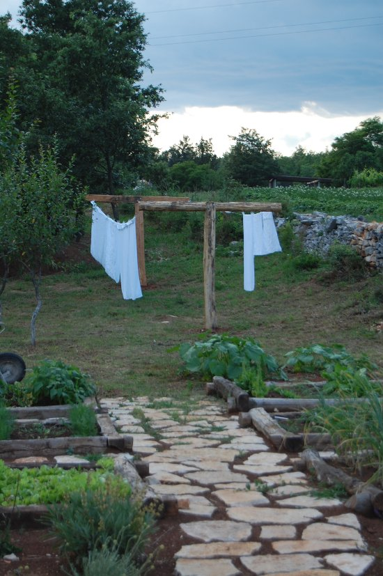 Clothes lines – friends told us that the laundry should be permanent feature