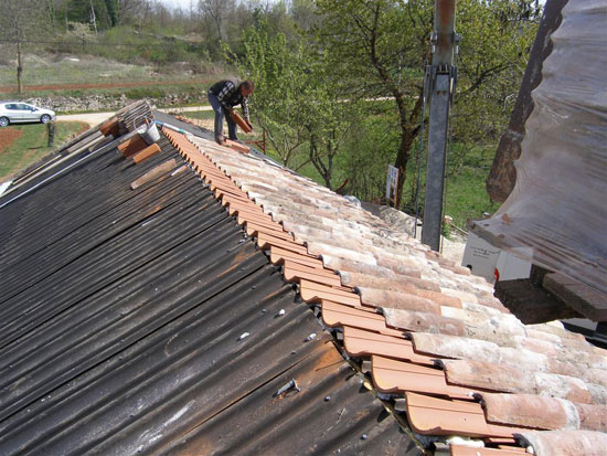 Reclaimed roof tiles on the roof