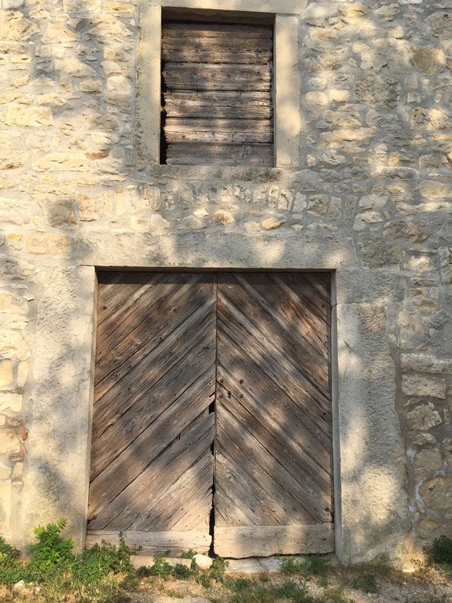 Doors in Boljun, Istria