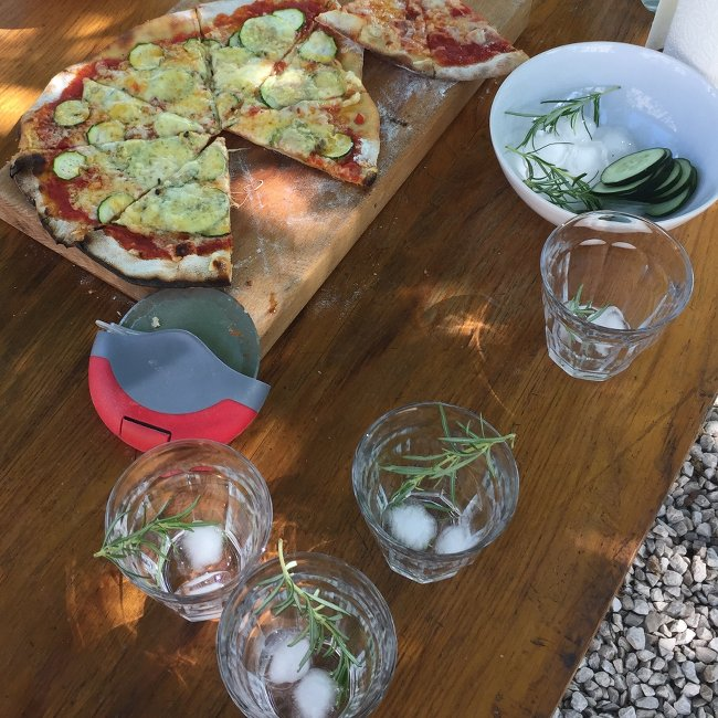 Pizza and g&t time